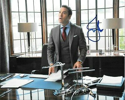 Jeremy Piven Actor TV Movies Signed Autographed 8x10 Photo Entourage Star COA