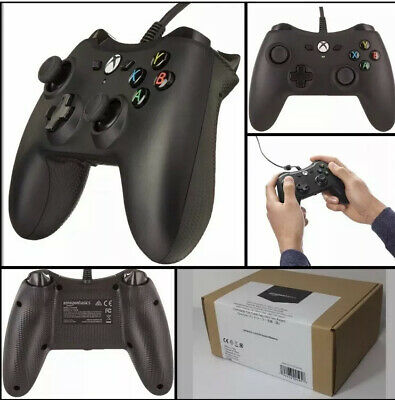 set of 2 Xbox One Wired Controller Black amazon basics Version 2 (2 pack)