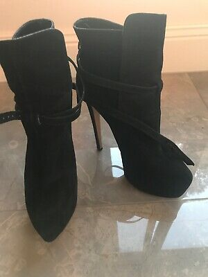Tony Bianco Size 8 Black Ankle Boots