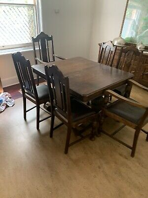 Antique Jacobean Style Solid Oak Dining Extension Table and 6 Chairs