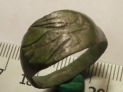 5712	Ancient Roman bronze ring 19mm - an eagle
