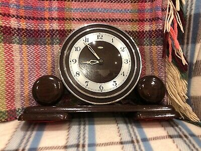 Art Deco Mantle Clock - Vintage Wooden Metamec Clock 1930s - Retro/Classic