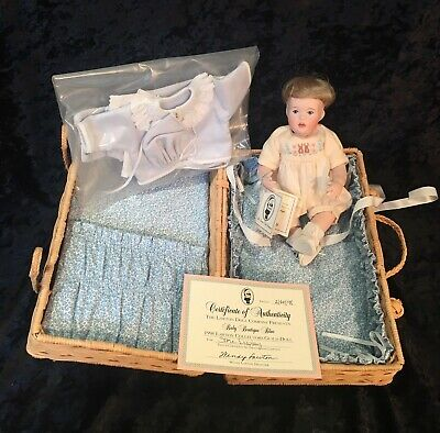 1998 Wendy Lawton STORE DISPLAY Baby Boutique Blue Doll Original Box RARE!