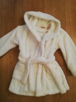 Children's White Fluffy Dressing Gown Age 4 to 5