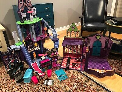 Monster High Huge Lot Freaky Fusion Catacombs Castle Furniture School More