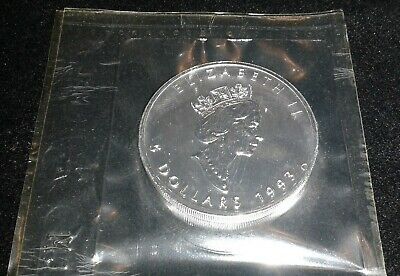 1993 1oz .9999 pure Canadian Silver Maple Leaf Elizabeth II 5 Dollar coin sealed