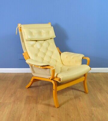 Mid Century Retro  Danish Cream Leather Lounge Armchair (2 available) 1970s