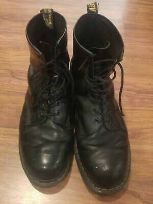 Mens Dr Martens 1460 8 Eye Black Greasy Smooth Leather Lace Up Boots USED
