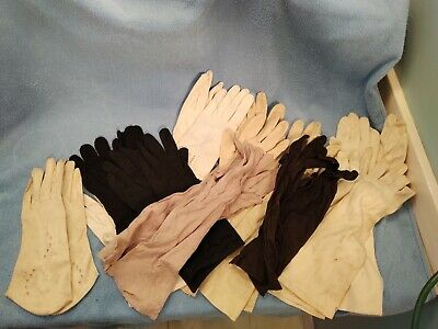 11 Pair of Vtg Ladies Gloves both long and short