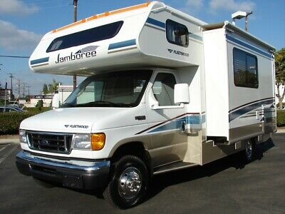 2004 Jamboree 23Ft*Popout Slide* Solar*Camera*Generator*Bath*Sleeps 6*Upgraded!