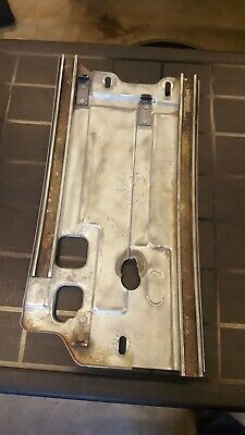RH Glass 1967-1968 Ford Mustang Vent Window Frame
