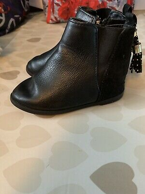 Cute River Island Ankle Boots Shoes  Infant Size 5 Black