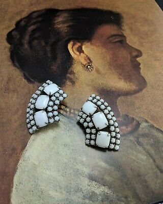 2 Antique milk glass earrings. Cushions stones. Craft upcycle recycle reuse