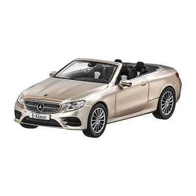 MERCEDES BENZ C 205 C Classe Coupe AMG styling rouge 1:43 neuf emballage d/'origine