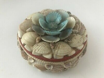 Round Shell Folk Art Seashell Trinket Jewelry Box Container Red Lining