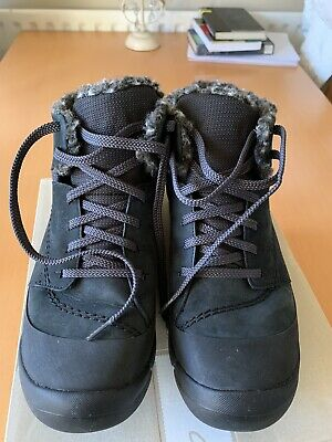BNIB Clarks Ladies Tri Arc GTX Taupe Nubuck Leather Gore Tex Ankle Boots