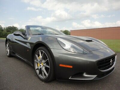 2010 Ferrari California  2010 FERRARI CALIFORNIA NAV BUC HIGH MSRP TONS OF CARBON CLEAN CARFAX WE FINANCE