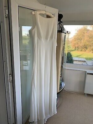 Ben De Lisi Wedding Dress         Size 16       Ivory     Rrp £299