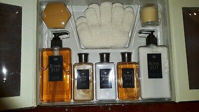 Womans 8 Piece New Boxed Gift Set Royal Jelly Bath Hand Body Ladies Christmas