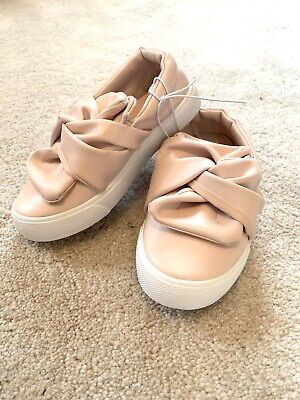 Primark Girls Pink Pumps Slip On Bow Shoes Trainers Flats Infant Size 8. BNWT!