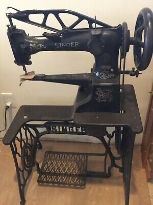 singer 29k 29-4 leather sewing machine .