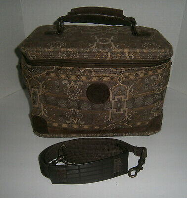 Ricardo of Beverly Hills Tapestry Overnight Soft Train Case Carry on Luggage