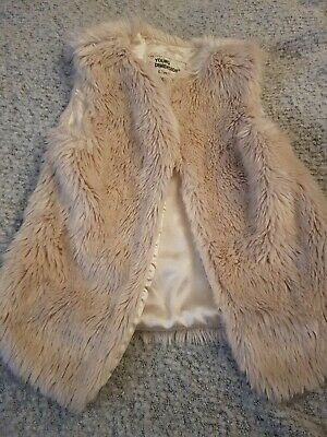 Girls age 6-7 Years White Faux Fur Gillet