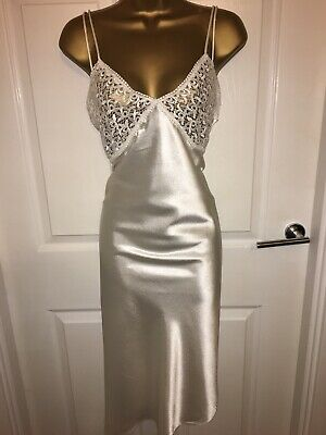 VTG Cream Glossy Polyester Full Slip UK18