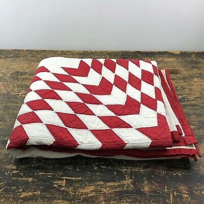 Stunning antique American quilt with red Texas star design