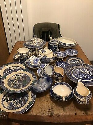 Large Collection Of Vintage/antique Willow Pattern/blue & White China