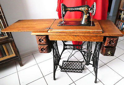 Antique Singer Treadle Sewing Machine in Oak Cabinet Model 66 1916 PICKUP ONLY