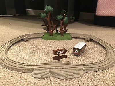 Thomas Toby And The Whistling Woods Trackmaster Mattel Fisher Price 2009 V6753
