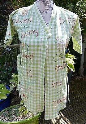 Super Cotton childs Dressing Gown with embroidered quotes by Habitat. Age 4 / 5.