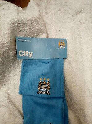 MANCHESTER CITY OFFICIAL SUPPORTER HAT and SCARF set JUNIOR NEW R.R.P 19.99 bx 4