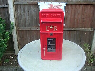 """Royal Mail """"Post Office"""" Genuine 1980s ER cast iron Front GPO Lamp Post Box"""