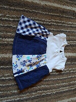 Beautiful Baby Girl Dress Up To 1 Month. Excellent Condition