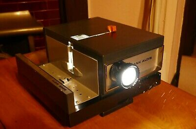 Rank Aldis 2000 Slide Projector in Original Packing and Box