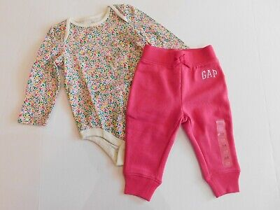 NWT Gap Baby Girl Outfit Floral Bodysuit/Pink Fleece Lined Joggers 12-18 New