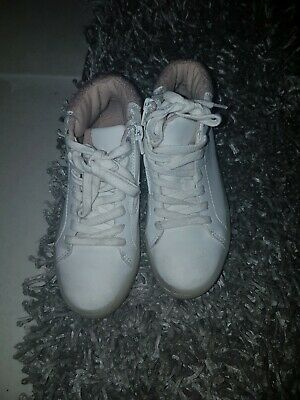 GIRLS  boots ankle size 10.5 by zara