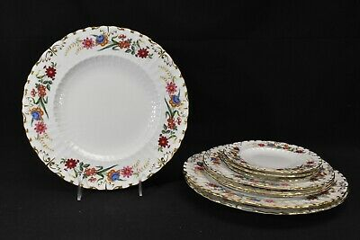 Royal Crown Derby Chatsworth Bread & Butter Salad & Dinner Plates (9 Pieces)A798