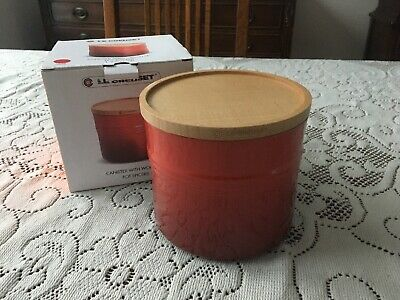 Le Creuset Canister With Wood Lid Xl Storage Jar 1.5 Qt. Cerise Red New/Box