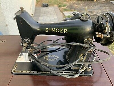 Vintage SINGER 99K Sewing Machine With Original Cabinet *MISSING PEDAL*