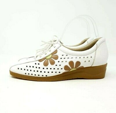 Comfitts Wide White Leather Lace Up Shoes UK 5 EU 38 Tan Floral Comfort Flats