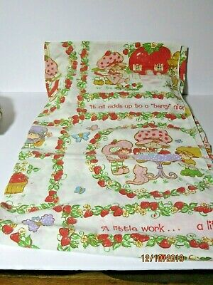 Vintage 1980 American Greetings Strawberry Shortcake Full Flat & Fitted Sheet
