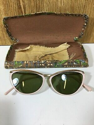 Vintage 1960s Cats Eye Sunglasses Pink Rim with Case