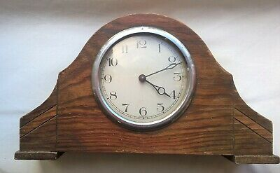Antique Oak Cased Mantle Clock – Working Order But No Key