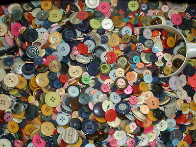 BEST Unsearched Lot 300 MIXED COLOR VINTAGE & NEW 10mm-25mm 2H 4H sew on plastic