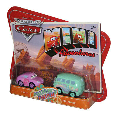 DISNEY PIXAR CARS Spielzeug Kurbel & Crash Derby Mini Racer