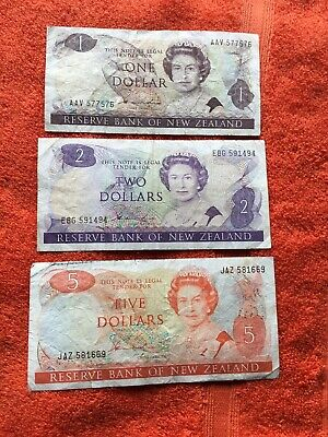 new zealand Bank Notes $1 - $2 - $5 Ciculated Cond .