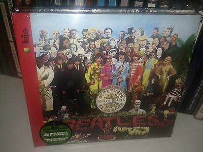 The Beatles Sgt. Pepper 's Lonely Hearts Club Band CD deluxe package sealed